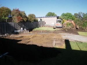 131113-1 Beginning excavation