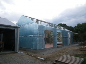 Dec 9, 2013: 8mm reflective insulation thermal break and air barrier installed on granny flat. Front looking SW.