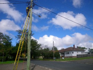 Mar 25, 2014: replacing the main electrical service line to the old house.