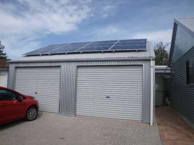 Solar power system installed on the garage