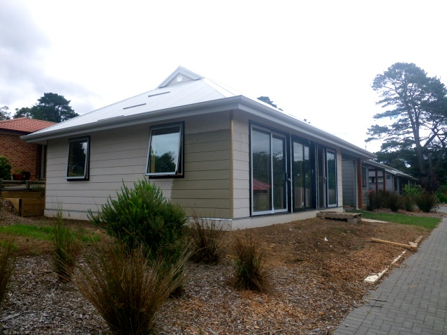 Glenn Robinson's Granny Flat nearing completion with his house in the background