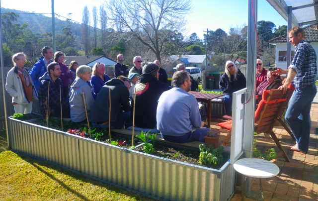 Andy explains the Greeny Flat to the Southern Highlands Sustainable Lifestyles Group on Sunday
