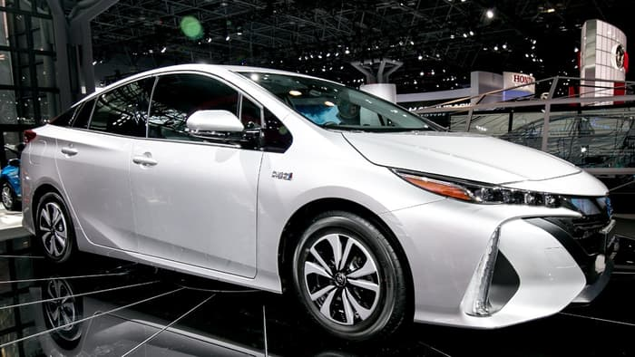 Toyota's new Plug-in Hybrid Prius 'Prime'