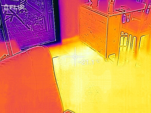 IR image of the Thermal Mass floor of the Greeny Flat.
