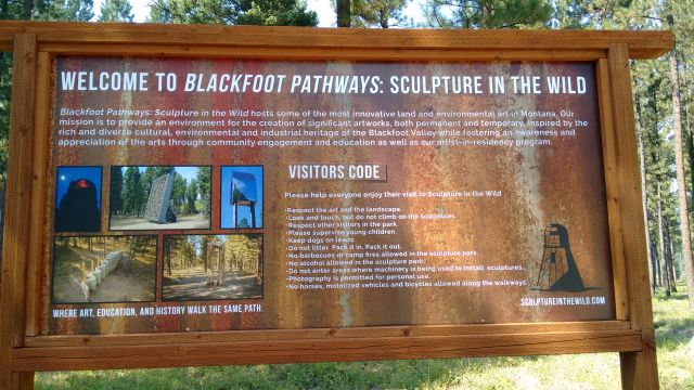 Sign explaining the purpose of the sculpture park
