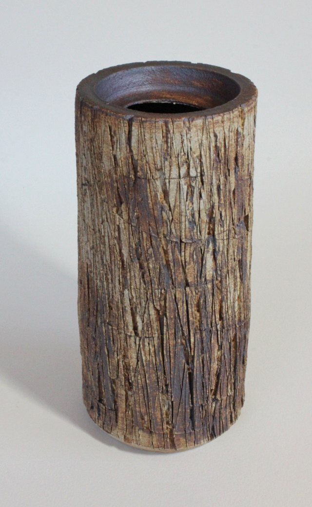 Vase by Cintia Yamane Lemann 2019