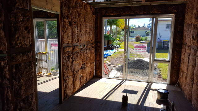 With the windows and insulation installed ready for gyprock the weekend was a good opportunity to turn my attention to the floors